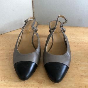 Vtg Chanel Slingback Two tone Shoes